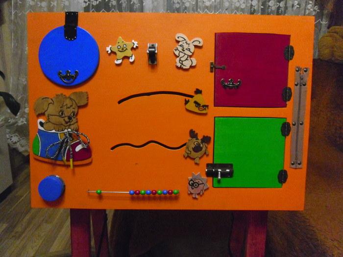 Как сделать бизиборд для ребенка своими руками? Что нужно для бизиборда и какие материалы выбрать? Пошаговая инструкция как самому сделать бизиборд