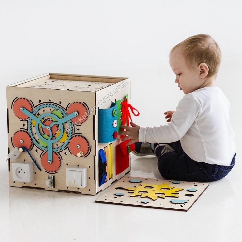 бизикуб купить, бизиборд куб, бизикуб со светом, бизикуб с песком рисовать